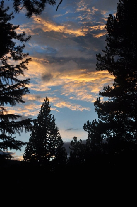 Beautiful Sunrises & Sunsets to Enjoy with Sheep Mesa Outfitters Summer Camp Trips
