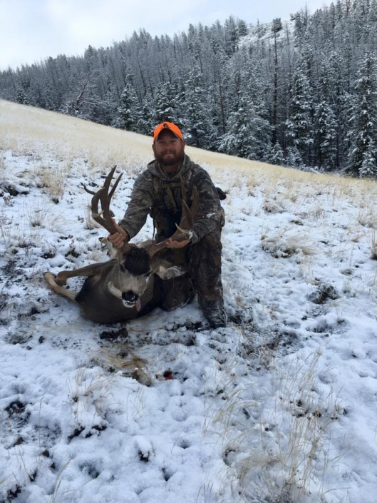 Deer Hunting with Sheep Mesa Outfitters, Cody, Wyoming